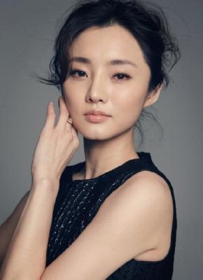 演员刘芊含