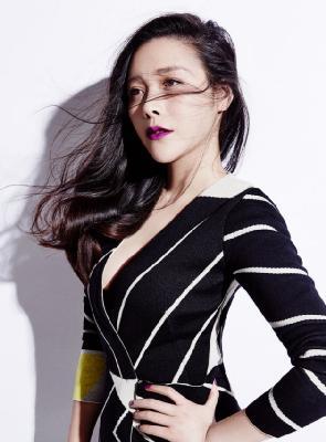 演员邓紫衣