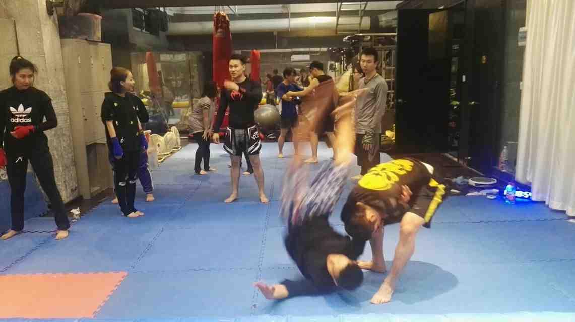铁龙 约虐 泰拳MMA体适能 初体验